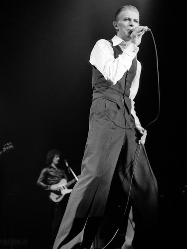 David Bowie in Concert, Wembley, London, 1976 2