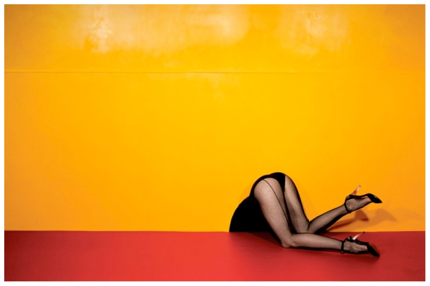 guy-bourdin-charles-jourdan-advertisement-1979-bn.jpg