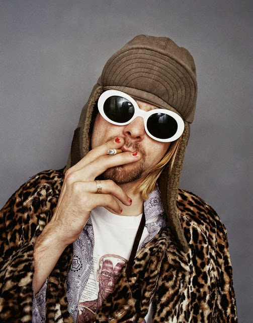 kurt_cobain_color_smoking