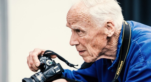 vf_bill_cunningham_slider_3066.jpeg_north_1160x630_white.jpg