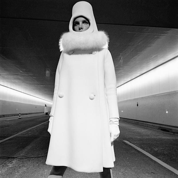 01_PressImages l Terence Donovan l French Elle, 1966