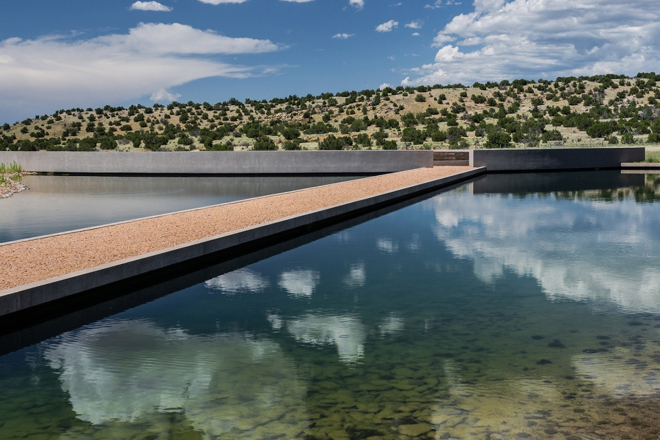 tom-ford-ranch-75-million-sale-06