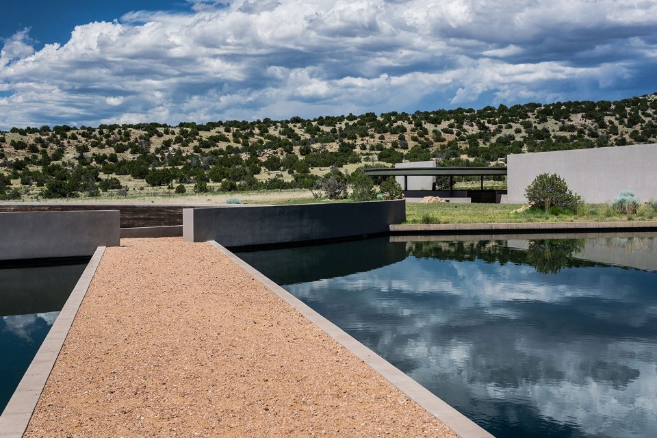 tom-ford-ranch-75-million-sale-09