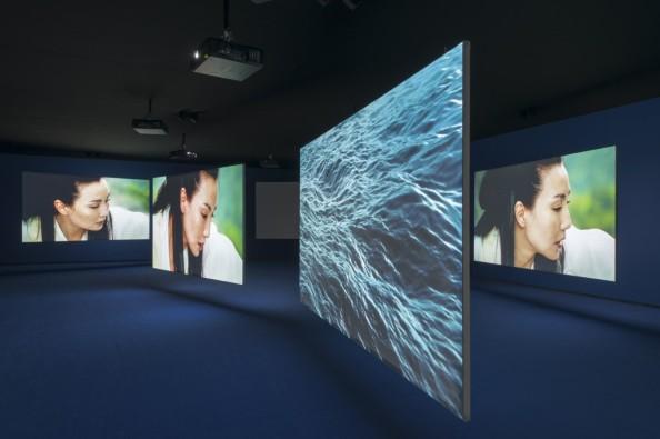 thumbnail_01 - Isaac Julien, Ten Thousand Waves, Fondation Louis Vuitton.jpg