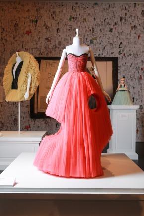 viktor-and-rolf-haute-couture-fashion-exhibition-national-gallery-of-victoria-melbourne-austrailia_col_15