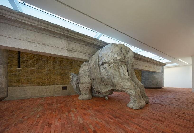 adrian-villar-rojas-exhibit-opens-serpentine-sackler-gallery-designboom-01