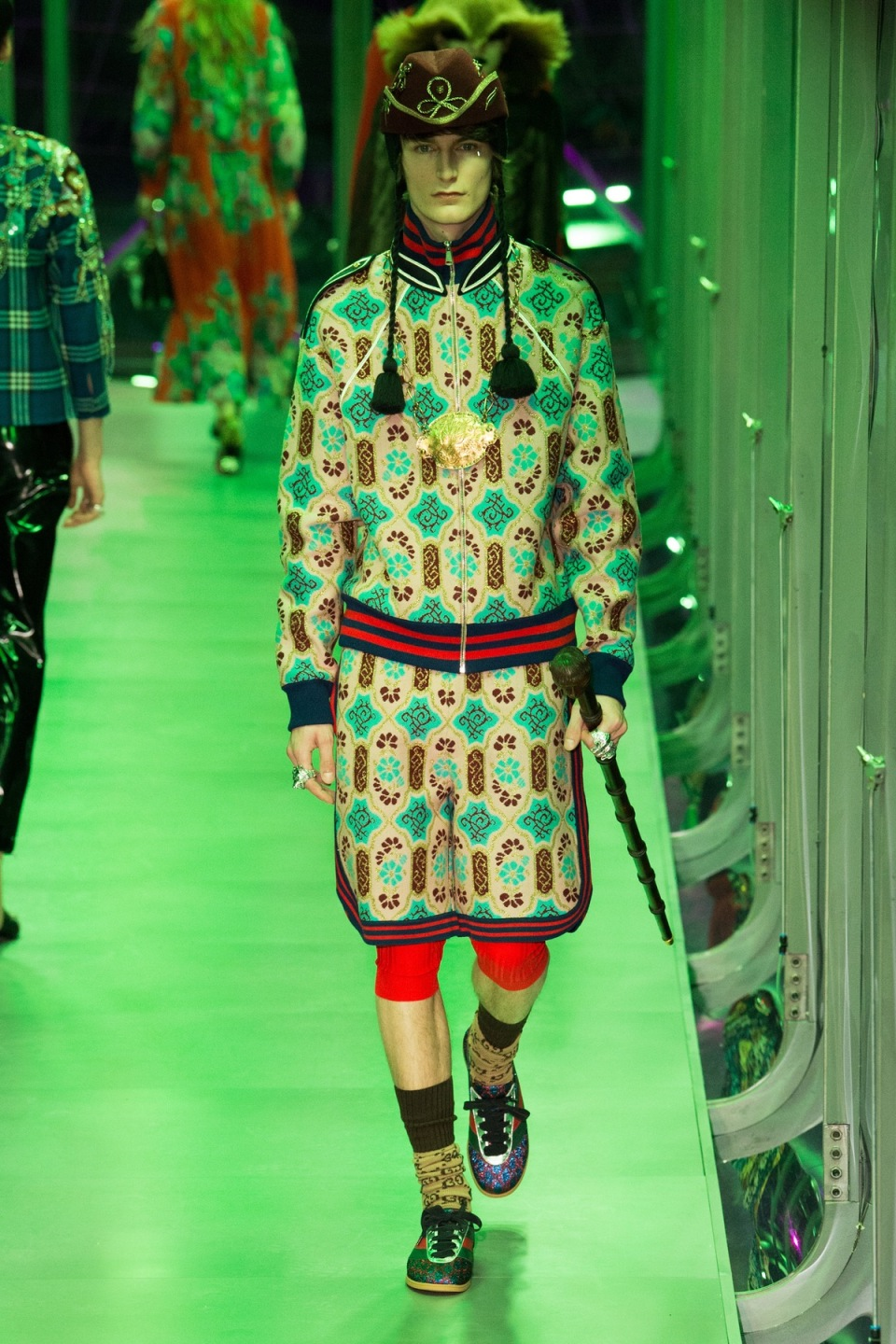 gucci_look_21_2017_aw