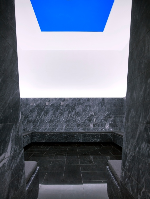 Sky-Plain-by-James-Turrell-at-Amanzoe-Villa-31_High-Res_14486.jpg