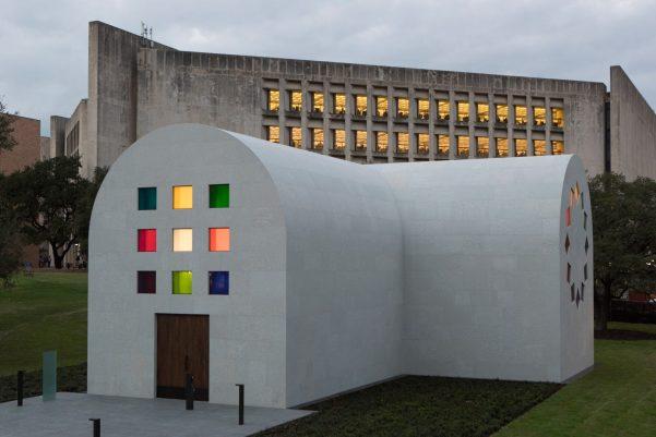 austin-ellsworth-kelly-architecture-art-pavilions-university-of-texas-usa_dezeen_2364_col_1-1704x1137