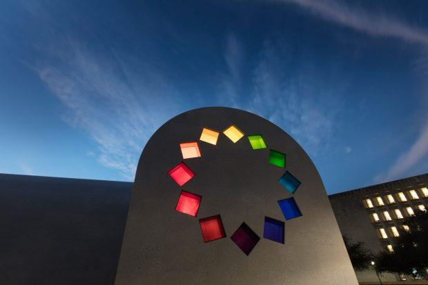 austin-ellsworth-kelly-architecture-art-pavilions-university-of-texas-usa_dezeen_2364_col_4-1704x1136