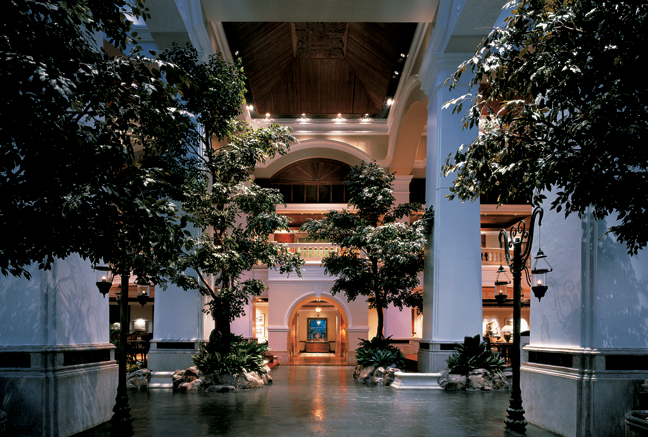 Grand Hyatt Erawan Bangkok_Atrium Lobby