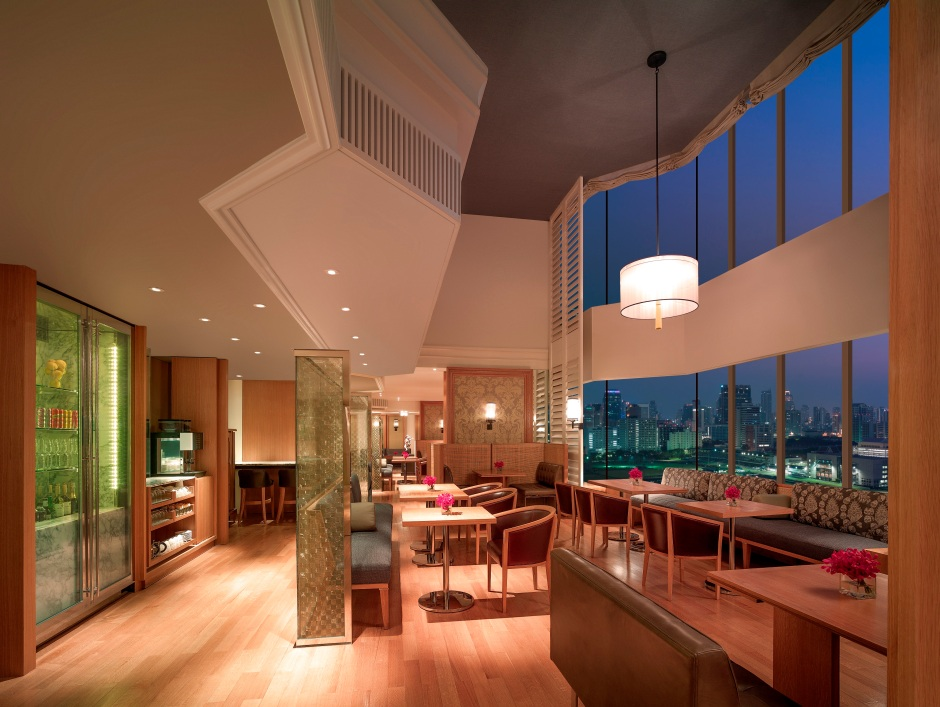 Grand Hyatt Erawan Bangkok_Grand Club Lounge_Dining Area