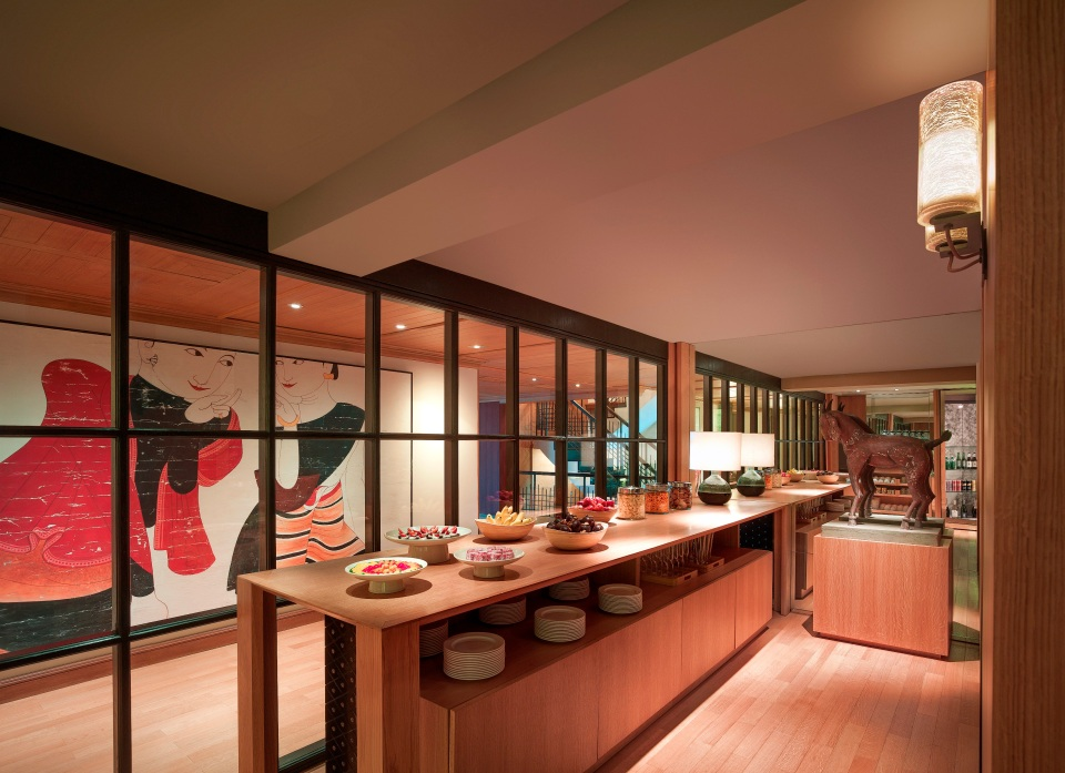 Grand Hyatt Erawan Bangkok_Grand Club Lounge_Food Station