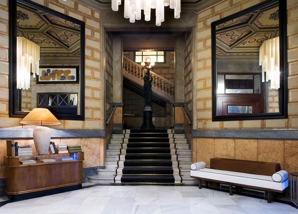 lobbystaircase