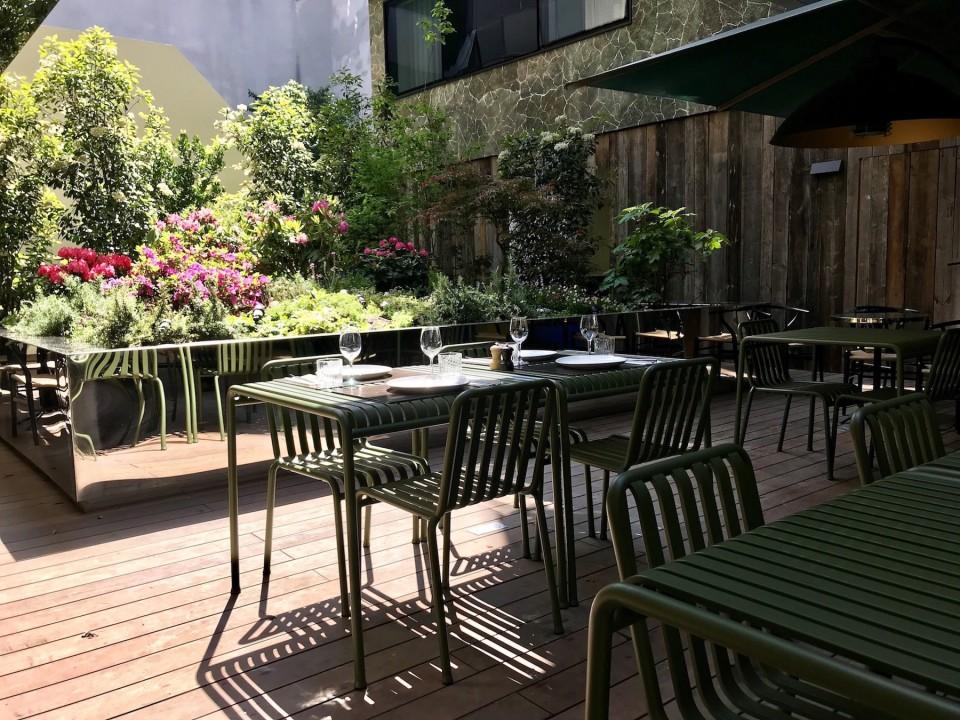 hotel-parister-terrasse-dresssee-5af2be310e528