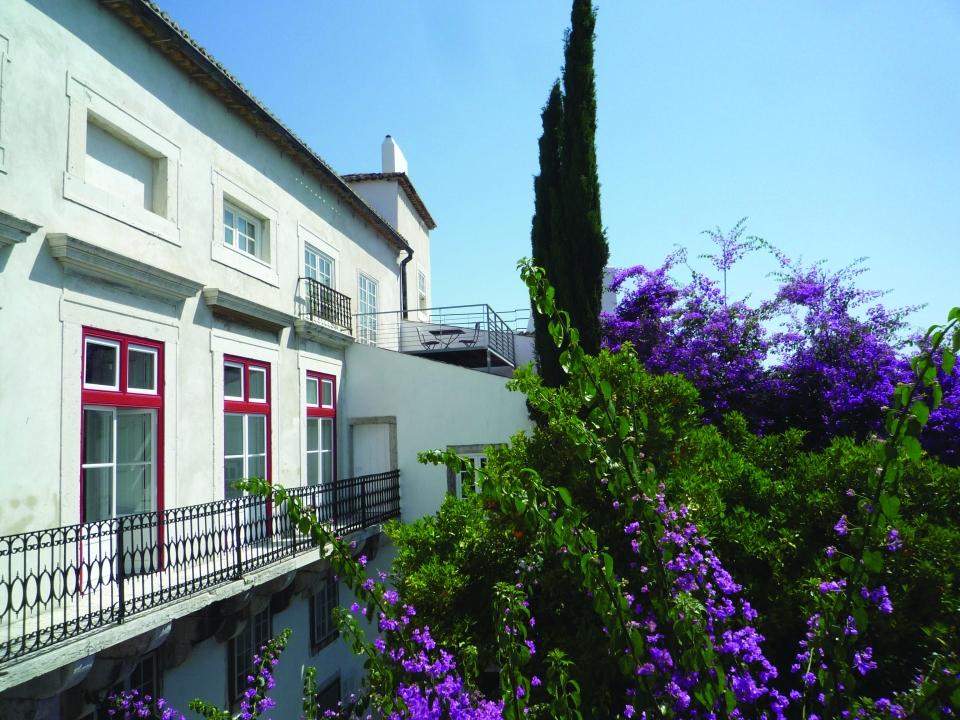 Terrace view over the Belmonte garden © Maria Mendonca
