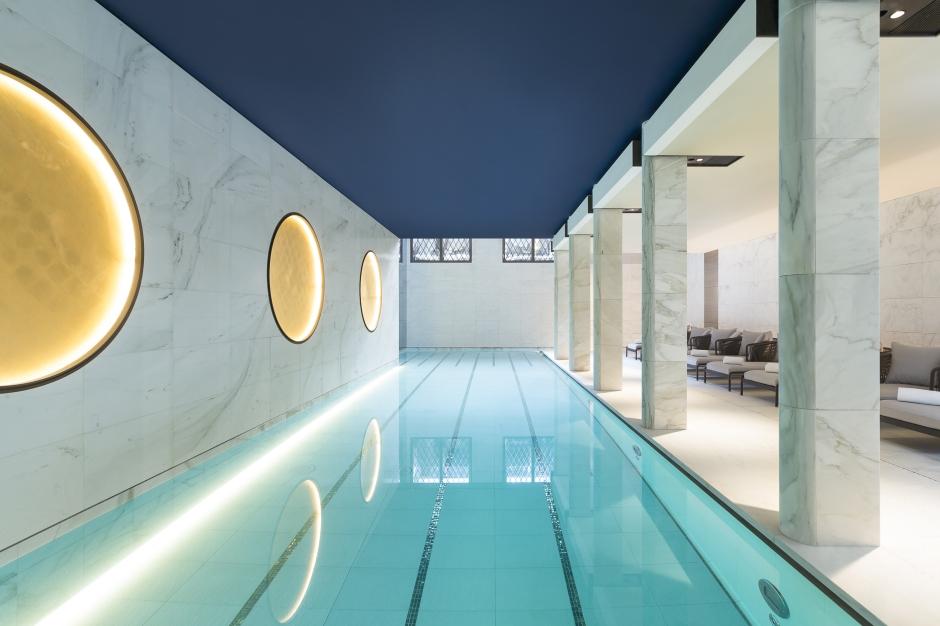 Hotel Lutetia - Akasha Spa pool raspail view