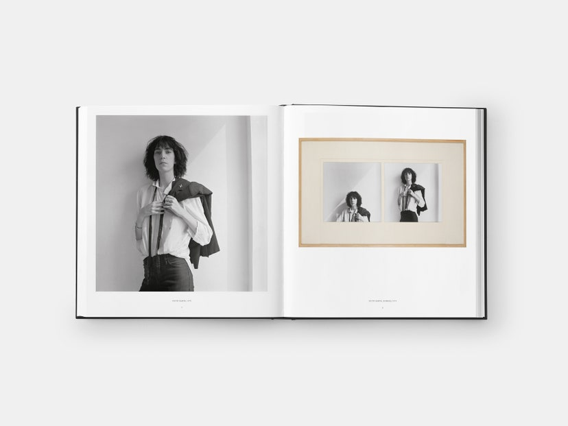 005-Patti-Smith-1975-Horses-Robert-Mapplethorpe-vogue-090620-credit-Robert-Mapplethorpe-Foundation-Inc-Phaidon